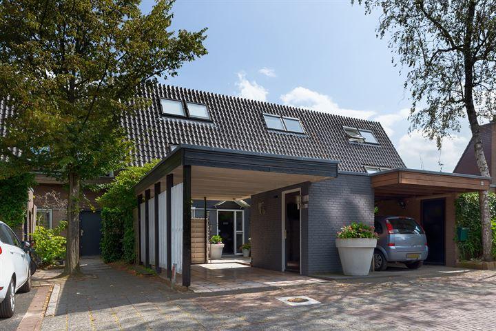 Te koop: Van Gelderlaan 61 te Hilversum