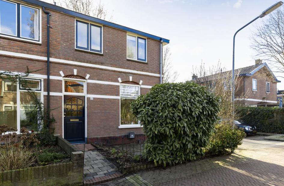 Te koop: Anjelierstraat 15 te Hilversum