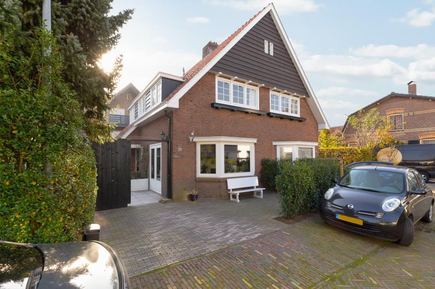 Te koop: Cornelis Bakkerlaan 59 te Laren